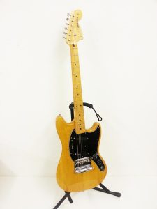 Fender JAPAN フェンダー ムスタング MG77