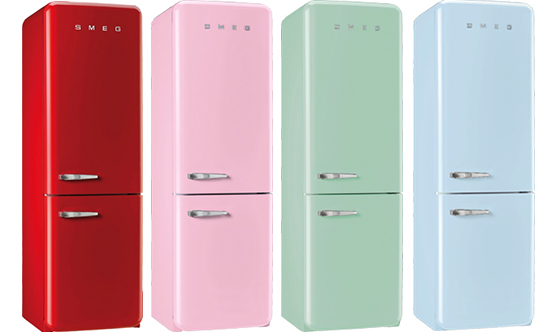 SMEGの冷蔵庫のFAB32U